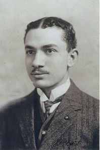 Portrait_of_Ahmed_Zaki_Abushady,_(1892-1955)_as_a_young_man,_ca_1909,_taken_in_Cairo,_Egypt