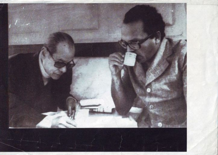 With Naguib Mahfouz at Cafe Riche, from Pinterest https://www.pinterest.com/pin/248401735667143095/