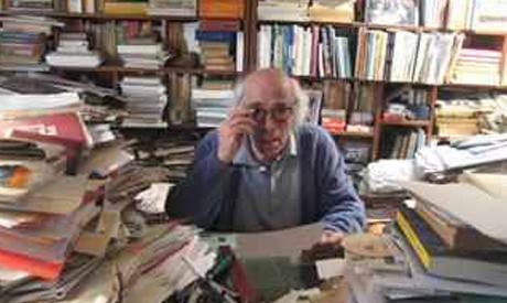 Pioneering Egyptian Novelist Edwar El Kharrat, 89